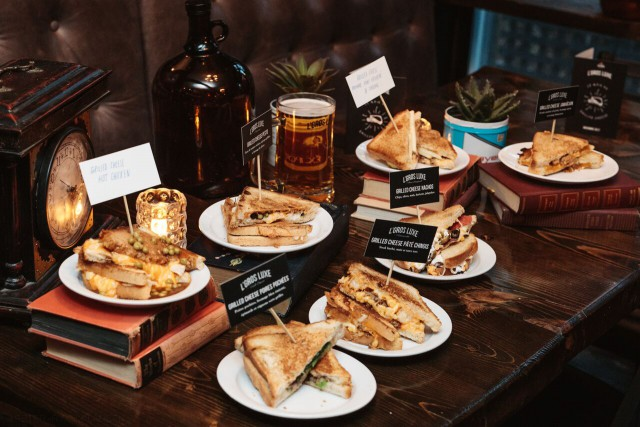 Le Gros Luxe - Grill Cheese Week - 019 - 20171101 - 8909_preview
